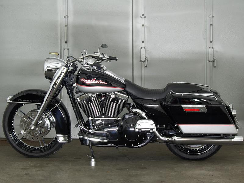Harley Dyna Street Bob >> Road King Elegance