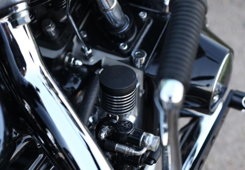 Dr Mechanik Shop V-Rod Bremsflüssigkeitsbehälter_08