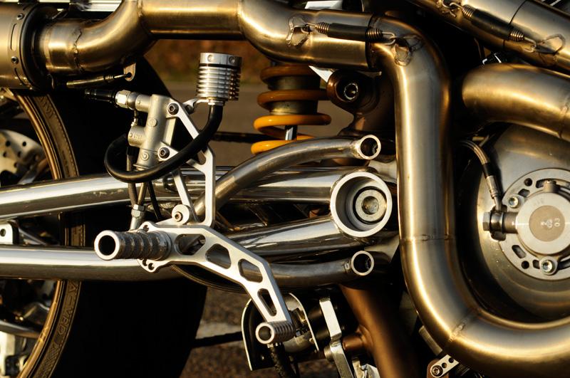Dr Mechanik Shop V-Rod Bremsflüssigkeitsbehälter_03